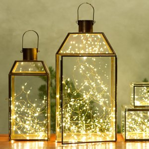 25 gorgeous ways to use christmas lights 15